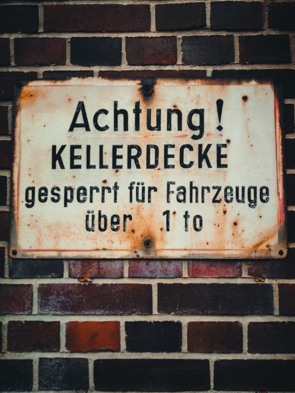 "Tag 275 - Heinweis // ""Wer sich immerzu an Regeln hält, verpasst den ganzen Spass im Leben!"" - Unbekannt"