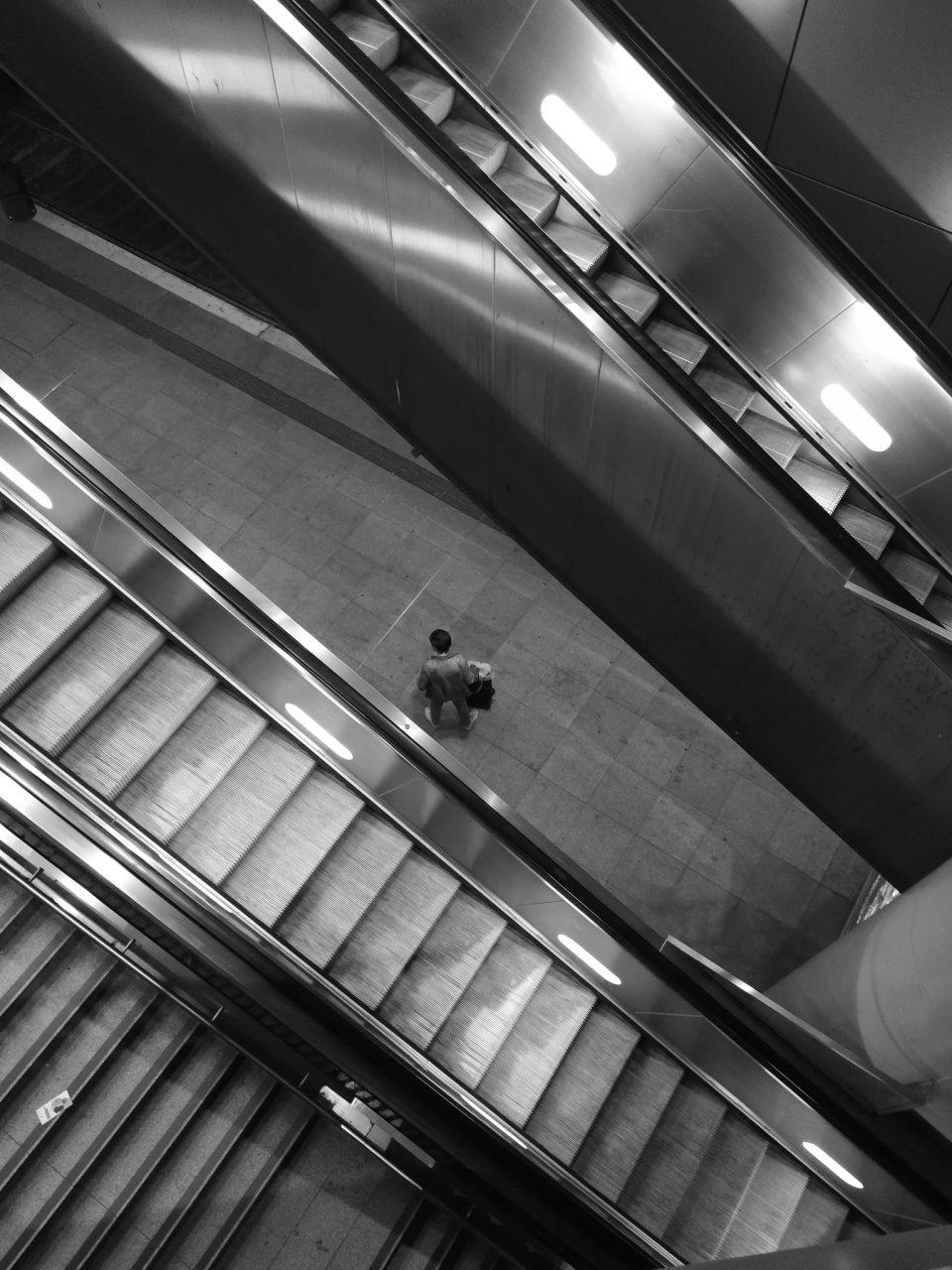 """Tag 289 - Reisen // """"Die größte Sehenswürdigkeit, die es gibt, ist die Welt – sieh sie dir an."""" - Kurt Tucholsky"""