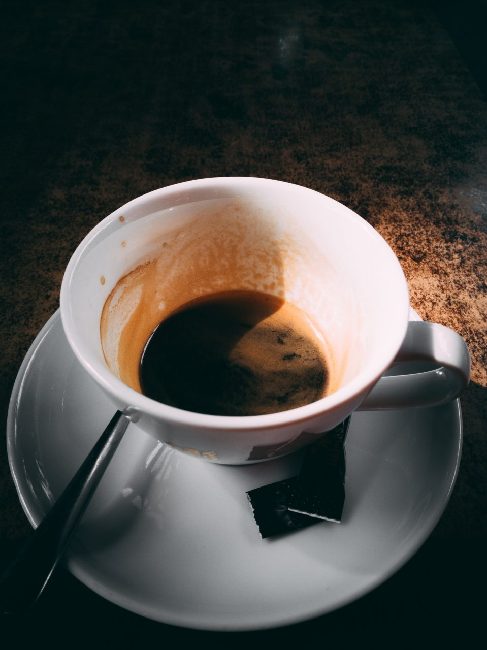 """Tag 295 - Erholung // """"Die beste Methode, das Leben angenehm zu verbringen, ist, guten Kaffee zu trinken. Und wenn man keinen haben kann, so soll man versuchen, so heiter und gelassen zu sein, als hätte man guten Kaffee getrunken."""" - Jonathan Swift"""
