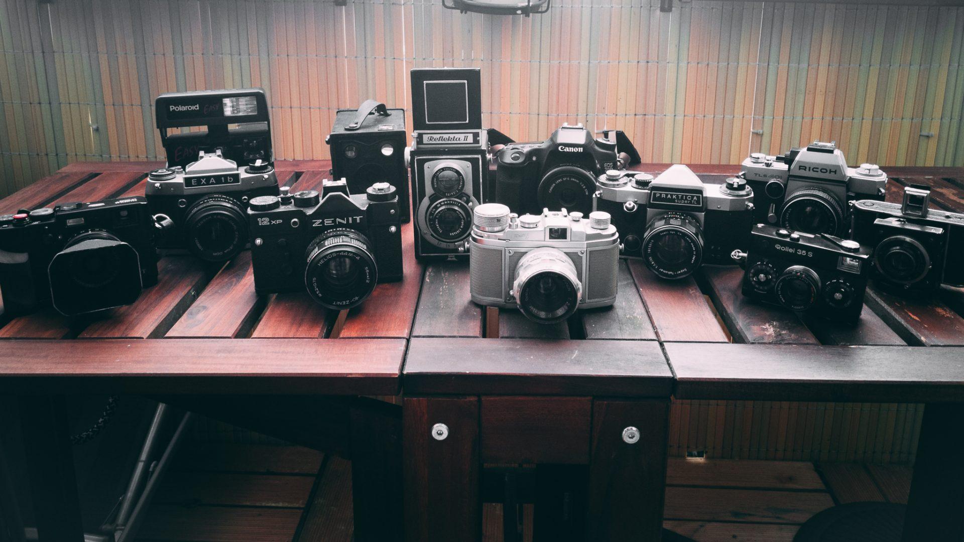 """Tag 300 - Bestandsaufnahme // """"Eine großartige Fotografie ist eine solche, die vollständig ausdrückt, was man in Bezug auf das, was gerade fotografiert wird, in der ureigenen Bedeutung des Wortes, fühlt."""" - Ansel Adams"""