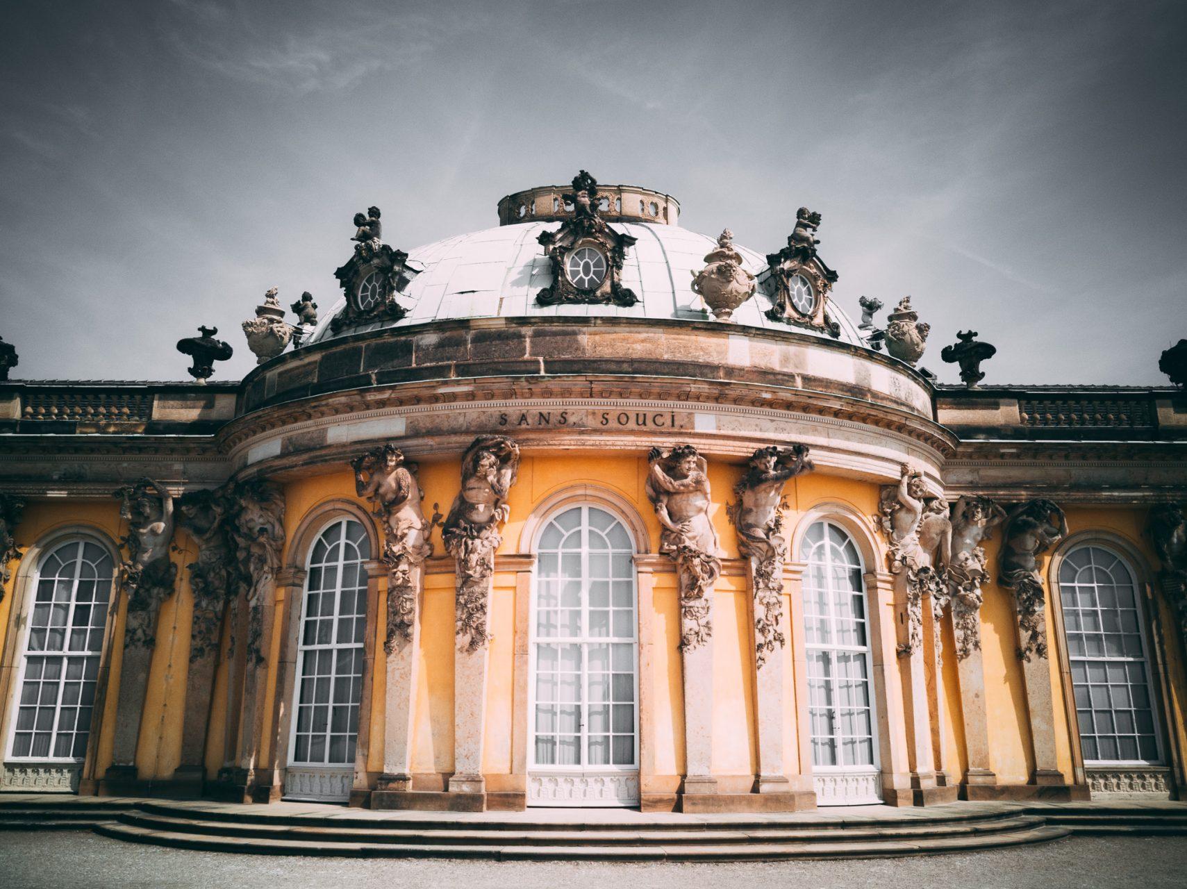 """Tag 308 - Sanssouci  // """"Von Potsdam aus wurde Preußen aufgebaut, von Sanssouci aus durchleuchtet. Die Havel darf sich einreihen in die Zahl deutscher Kulturströme."""" - Theodor Fontane"""